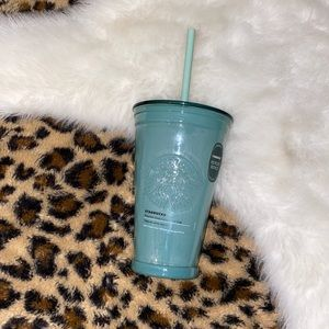 Starbucks recycled glass cold to go cup